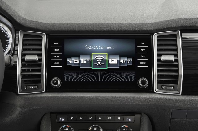 Škoda Kodiaq premieres new Škoda Connect mobile on